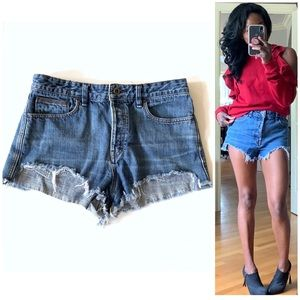 Free People Shorts - { Free People } Logan Cutoff Shorts Sz 31